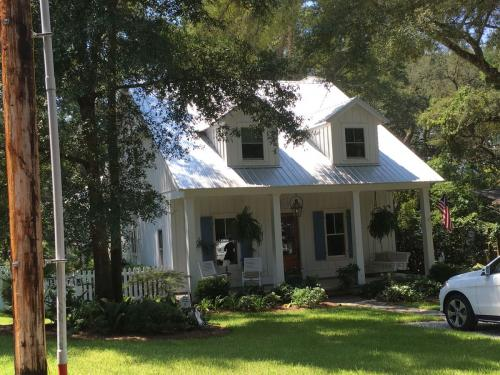 This home is Designed for the Fruit and nut District of Fairhope, AL.